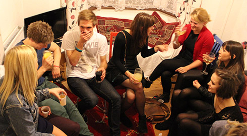 housemate speed dating